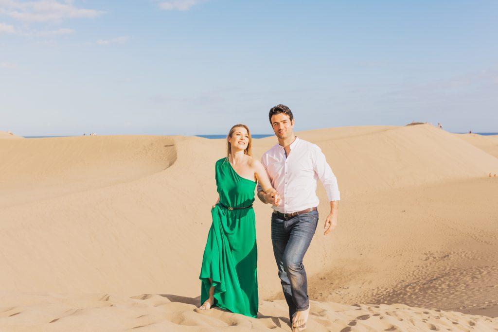 Romantic photo shoot Dunes Maspalomas de Gran Canaria